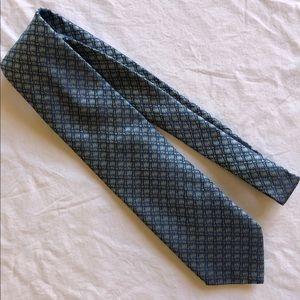 Tommy Bahama Men's Tie 100% Silk EUC